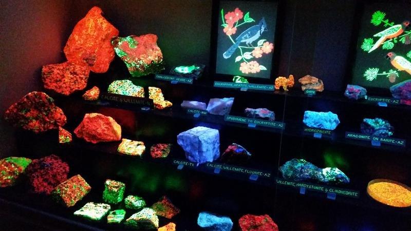 Sun City Mineral Museum 1_20151113_113542