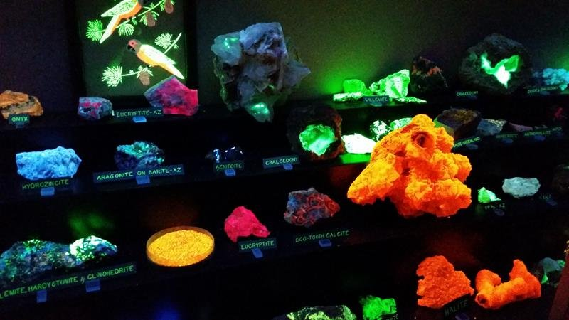 Sun City Mineral Museum 2_20151113_113554
